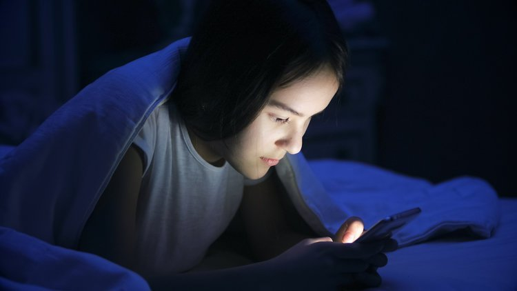 Handys und Sehstörungen - blaues Licht