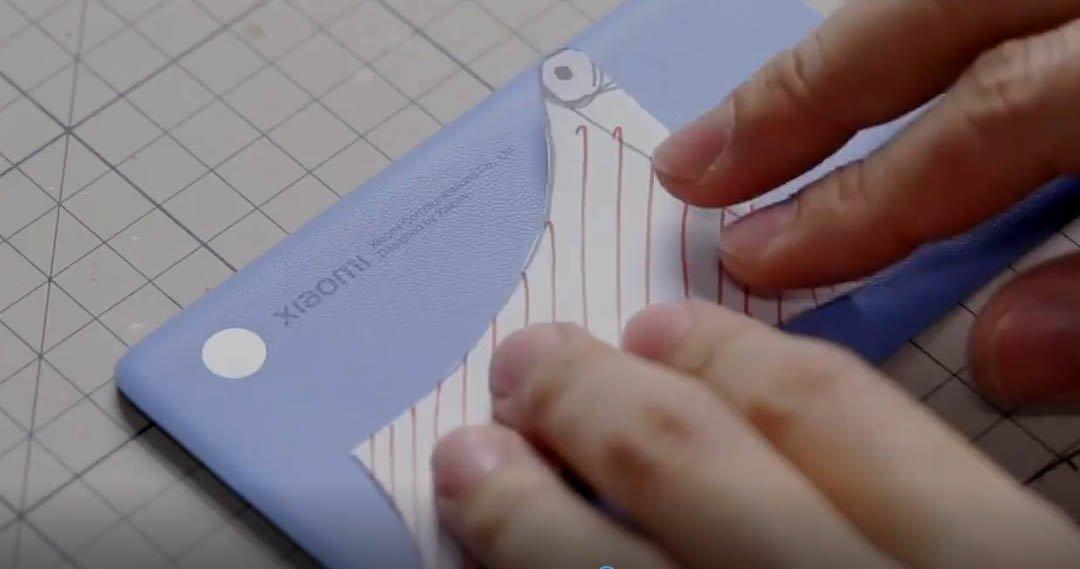 Convierten los componentes del Xiaomi Mi 11 en este espectacular dragón. Noticias Xiaomi Adictos